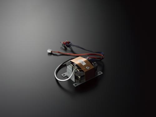 C-700u spannings transformator